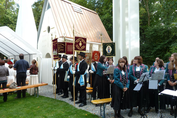 Musikverein Ummendorf und Blutreiter Ummendorf
