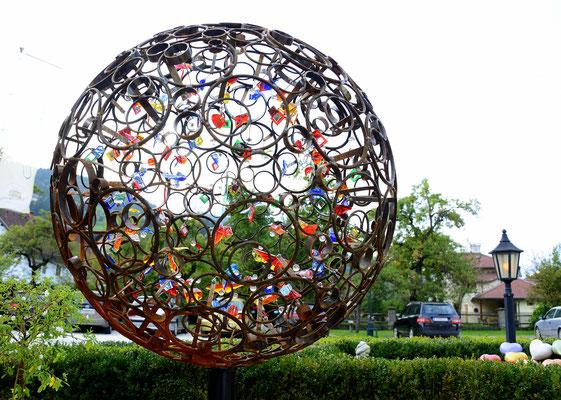 Glas Metall Kugel Garten Skulptur Franz Heili