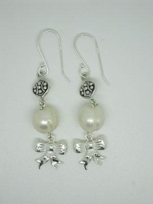 """Alannahs"" - Sterling Silver & FW Pearls"