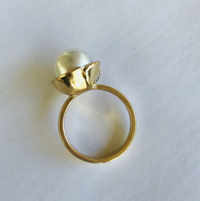 """Love Flowers"" 9ct Yellow Gold & Pearl Ring"