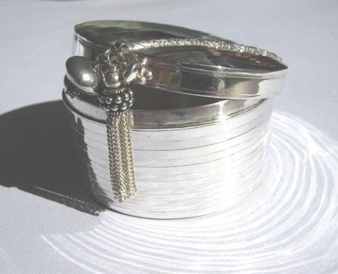 """""""Pleasure Treasure Box""""  open - Sterling Silver W60 x H35 - SOLD"""