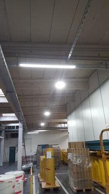 LED AK Strahler + Notlicht Folienverarbeitung