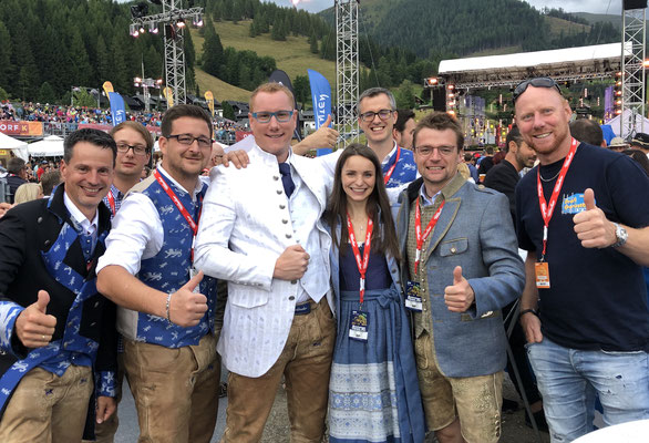 Die Fegerländer mit Claudia & Max Strohmaier (Alpe Adria Manufaktur Strohmaier)