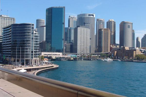 Der Hafen von Sydney, von dem die Einwohner behaupten, er sei der schönste der Welt ?