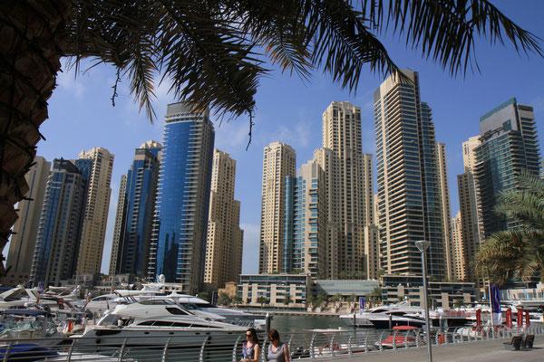 Das Moderne Dubai mit seiner Dubai Marina