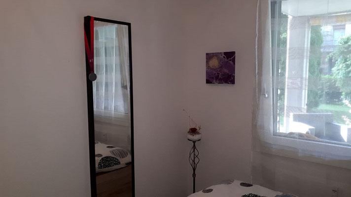 Leinwandbild im Schlafzimmer