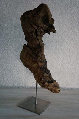 Stiefel auf Edelstahl-Skulpturenständer