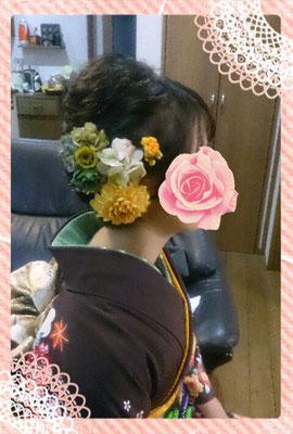 ショートアレンジ 生花と造花の組み合わせ