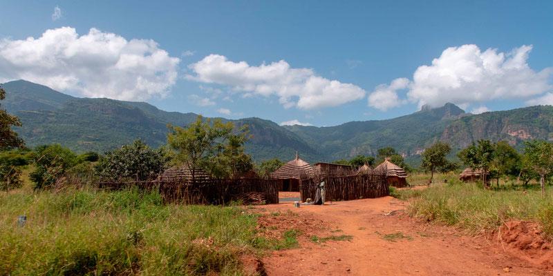 Paysage sur la route entre Moroto et PanUpe