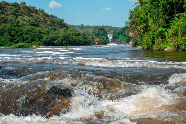 View of the Victoria Nile Falls from a boat. Beautiful