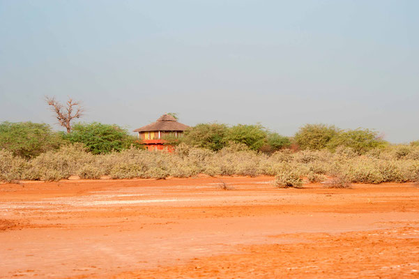 Ecolodge Dalaal Diam, depuis la lagune de la Somone