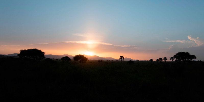 Coucher de soleil sur la valée de Kidepo