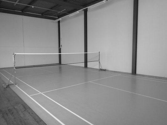 Budo Schule Gürbetal - Badmintonspielfeld