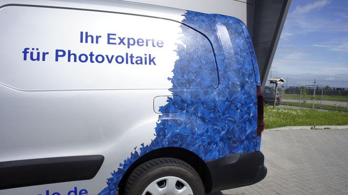 Fahrzeugwerbung Elektro Klingele Carwrapping Digitaldruck Beschriftung
