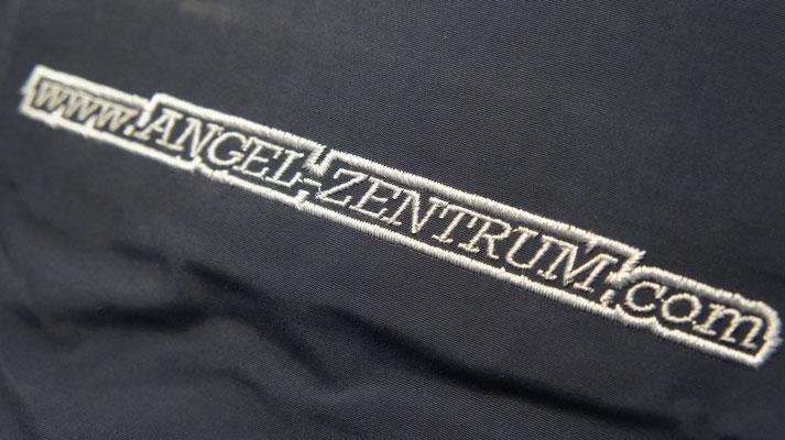 Sweatshirt bestickt besticken lassen StyleWerk Werbetechnik Angelzentrum Freiburg