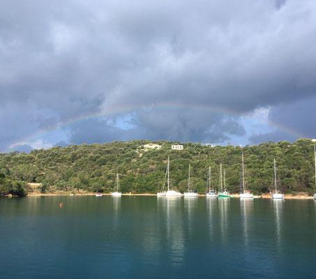 Nach dem Sturm in der Bucht Abelike in Meganisi