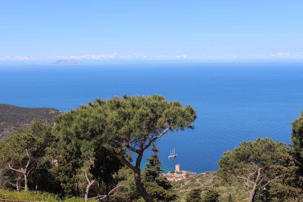 Blick auf die Bucht von Campese
