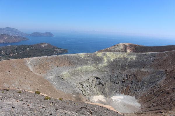 Blick auf den Krater des Vulkan