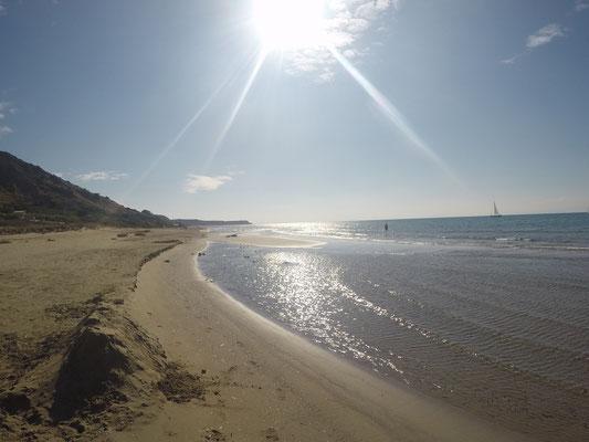 Herrlicher Sandstrand in der Bucht von Katelios im Süden von Kefalonia