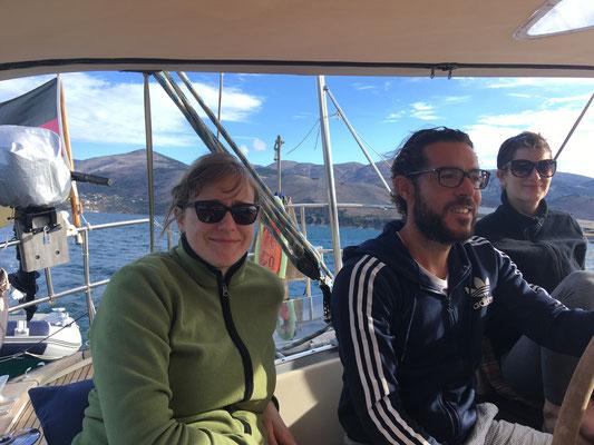 Bei der Ausfahrt aus der Bucht von Argostoli - noch entspanntes segeln