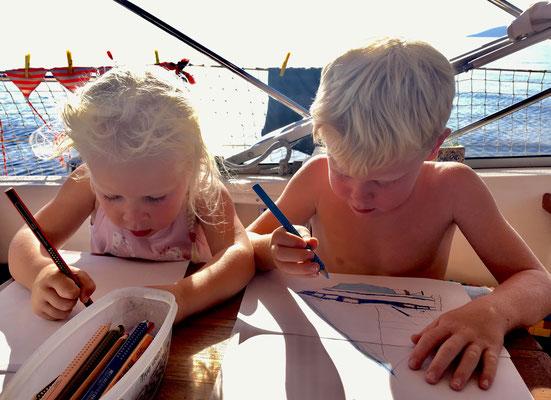 Kleine Künstler auf dem Weg nach Ithaka
