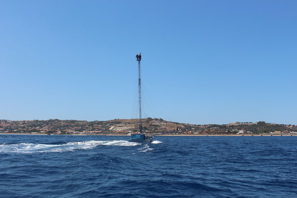 Schwertfischfischer in der Strait of Messina