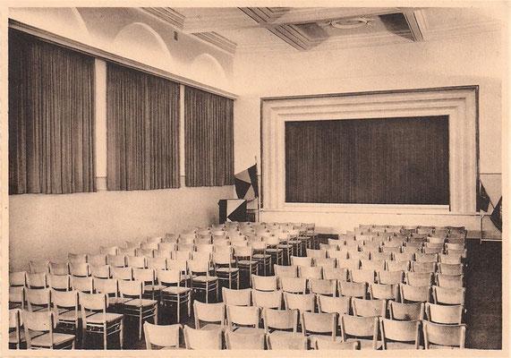 Der Saal des Eupener Gesellenhauses war einer der Schauplätze des reichen Kulturlebens im Jahr 1930.