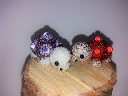 """Schildkröte"", mit Miracle beads"