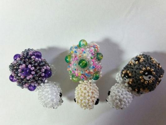 """""""Schildkröte"""",mit crackle beads und selbstgemachten Perlen"""