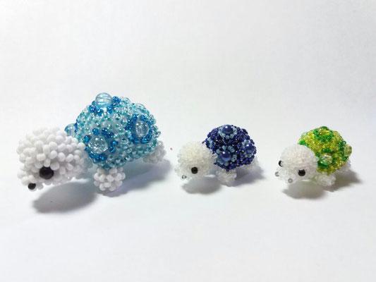 """""""Schildkröte"""", mit crackle beads und Wachsperlen, in 9/0 und 15/0"""