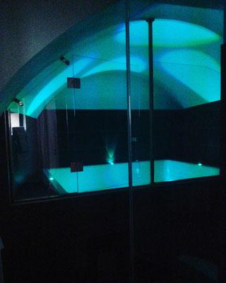 Becken für Nachtschwärmer
