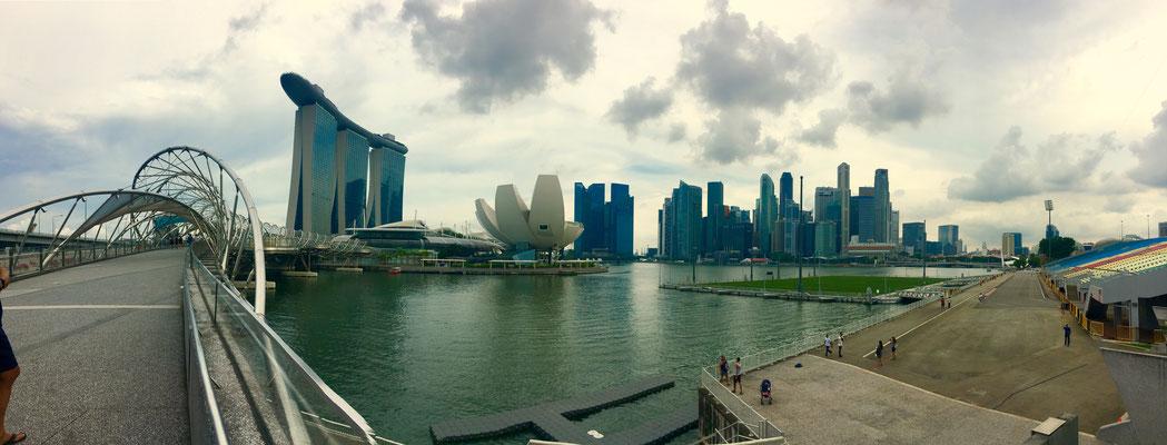 Daytime skyline Singapore