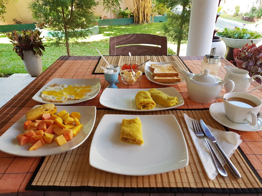 Breakfast in der Sisil Villa