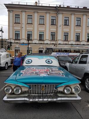 Oldtimer sowjetischer Bauart. Die amerikanischen Vorbilder wurden nie erreicht.