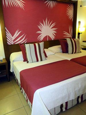 Sehr komfortable breite Betten
