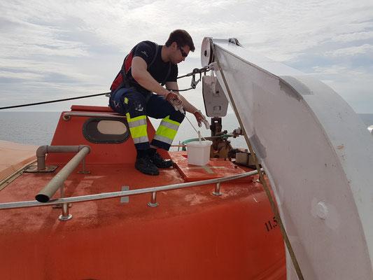 Arbeit an Bord während der Reise