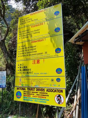 Hinweisschild an den Ravana Falls