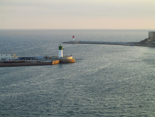 Leuchtfeuer an der Hafeneinfahrt von Cartagena
