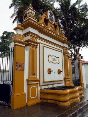 Brunnenanlage am westlichen Ende der Rua da Sé