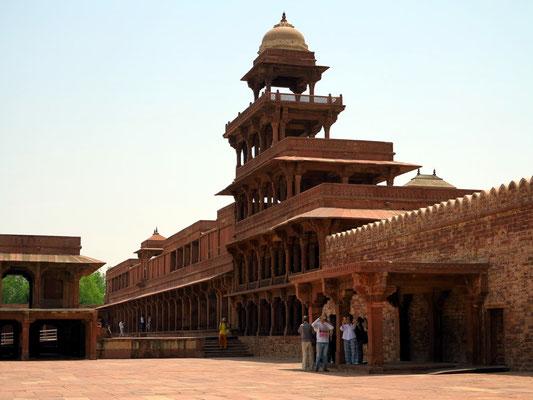 """Panch Mahal (""""fünfstöckiger Palast"""")"""