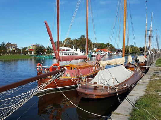 Slup Pommerland (Zeesenboot), um 1880 auf einer Stralsunder Werft gebaut