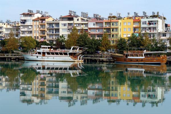 Ausflugsboote in Manavgat