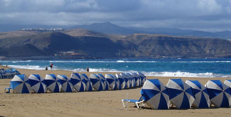 Las Palmas, Playa de las Canteras, Blick nach Westen