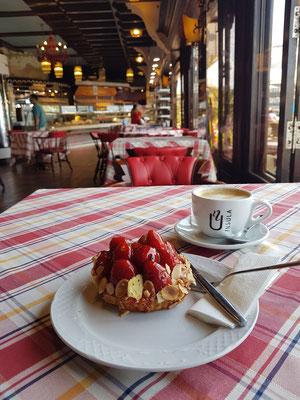 Rancho Grande, Erdbeertörtchen und Café con Leche