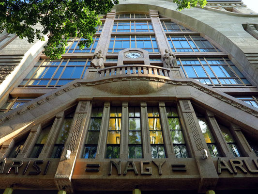 Alexandra Bookstore in der Andrássy út
