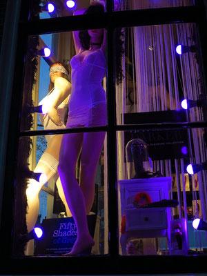 Erotic-Shop am Oudezijds Voorburgwal, Ecke Stoofsteeg