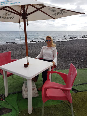 Cappuccino-Pause in Pozo Negro vor dem Abflug