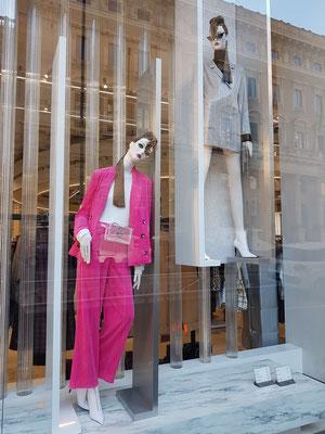 Zara, modische Kleidung und Accessoires, Via del Corso, 189