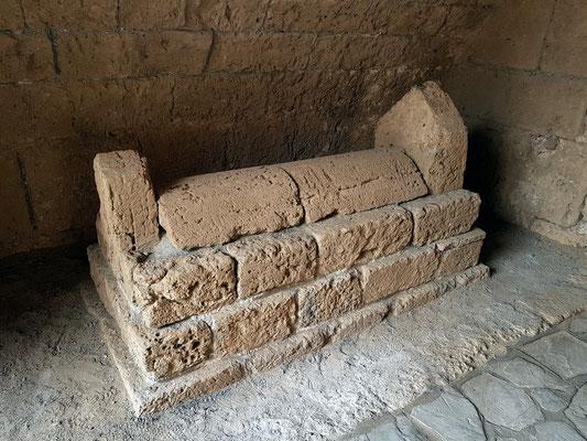 Sarkophag des türkischen Admirals Sadık Pascha († 1570 vor Kyrenia)