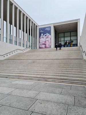James-Simon-Galerie, das zentrale Empfangsgebäude für den gesamten Museumskomplex, David Chipperfield Architects, Eröffnung 2019